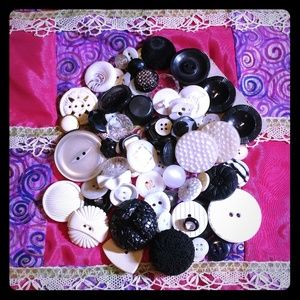 70 Black & white vintage button lot
